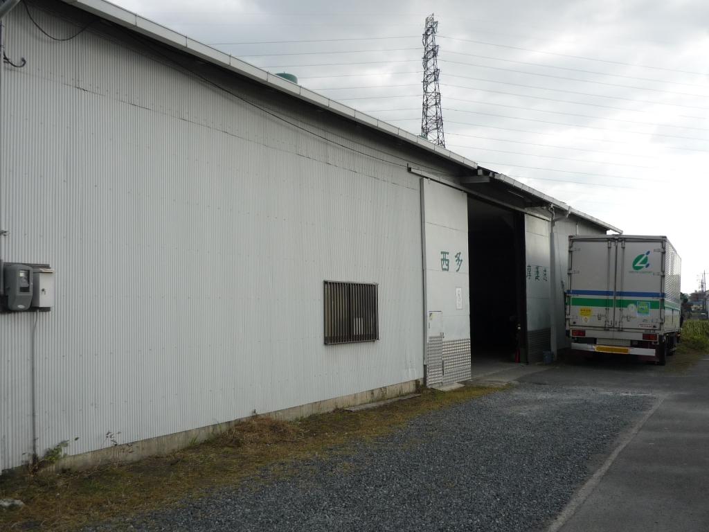 大阪営業所倉庫外観